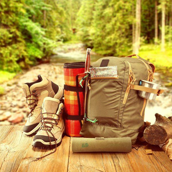 Co zabrać na górską wycieczkę? Obowiązkowo termos i bambusowe sztućce