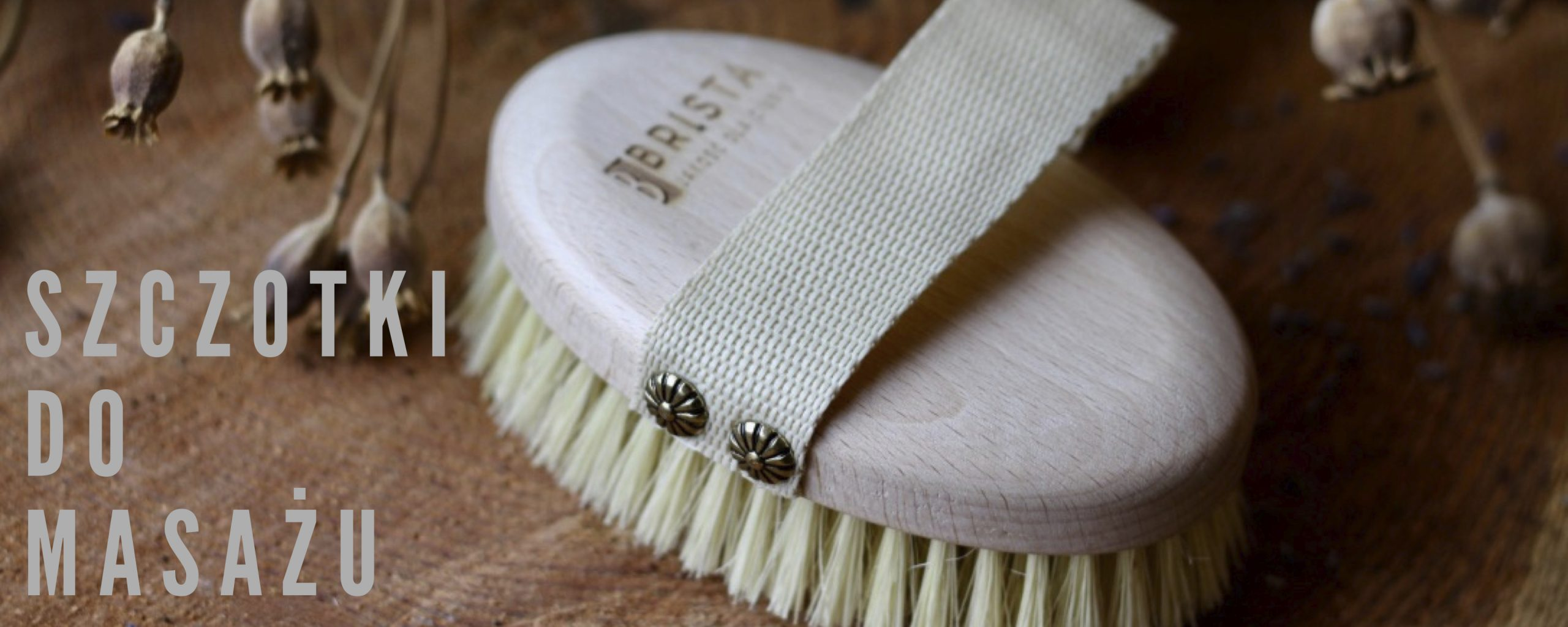Szczotka do masażu ciała na sucho i mokro marki Brista z naturalnego włókna agawy i drewna bukowego.