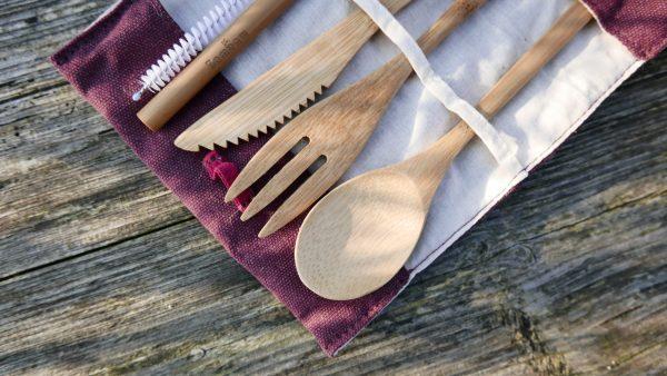 BamBaw Zestaw Bambusowych Sztućców W Etui, Burgundowy Sztućce na piknik i do pracy